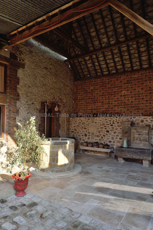 puits en pierre d coration de jardin en pierre atelier bidal alain. Black Bedroom Furniture Sets. Home Design Ideas