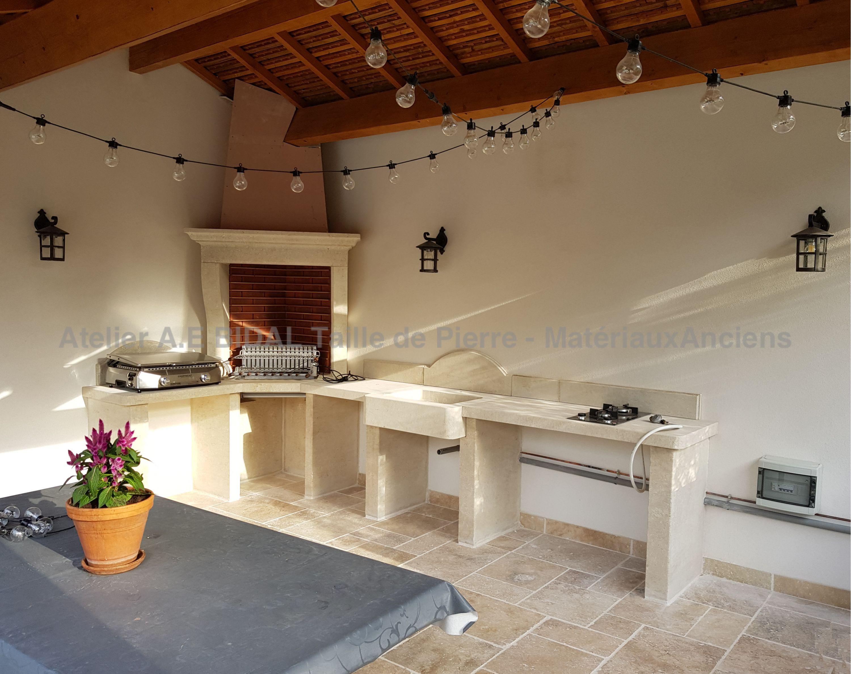 Cuisine Exterieure En Pierre summer kitchen in stone ǀ customised kitchen in stone ǀ