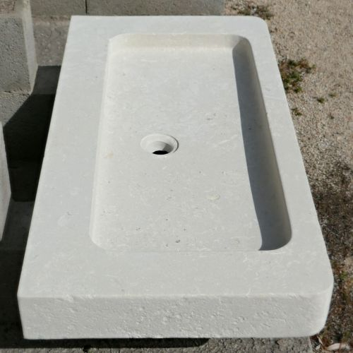 Cheap natural stone kitchen sink on sale at Atelier BIDAL.