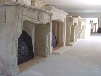 Antique-style fireplaces in stone