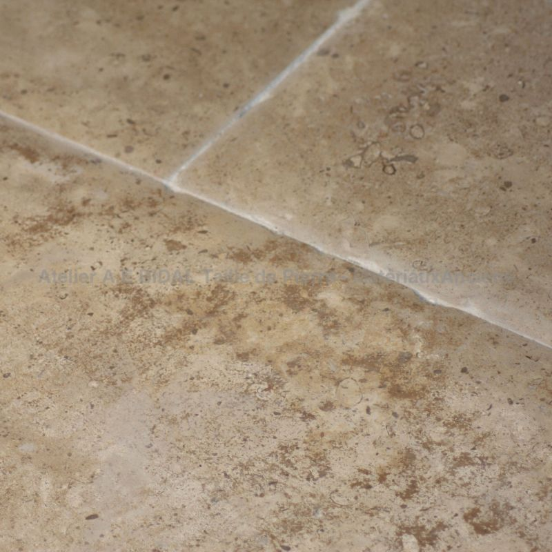 Flooring in natural stone from Burgundy : Golden Vallangis