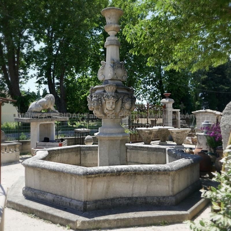 Gothic fountain by the professional stone mason Alain Bidal in Provence