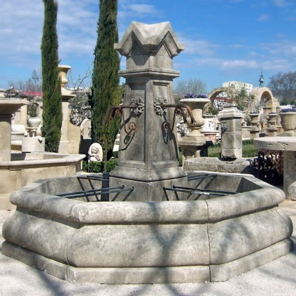 Imposing Gothic fountain in quality French limestone by the Atelier Alain Bidal - Provence.