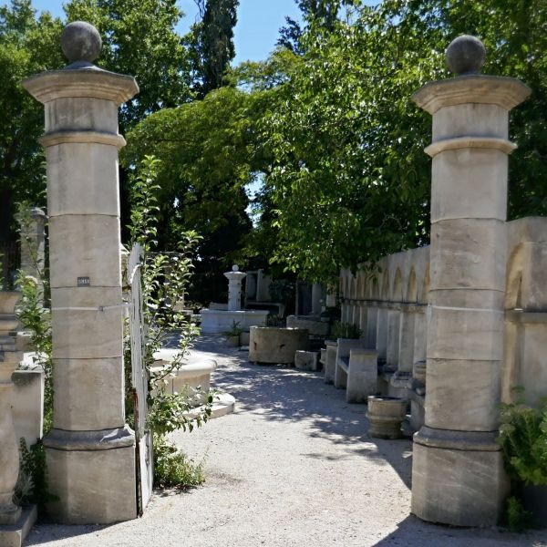 Beautiful stone pillars from Provence hand crafted by the artisanal company Alain Bidal.