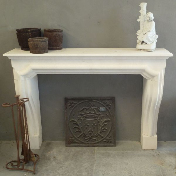 White stone fireplace in Louis XIIIth style carved in Lens stone.