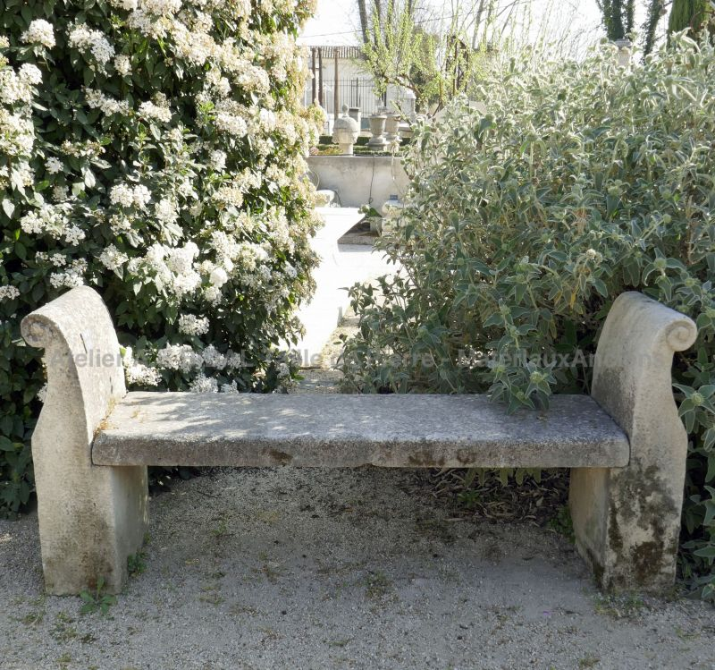 Stone bench - Garden furniture in limestone