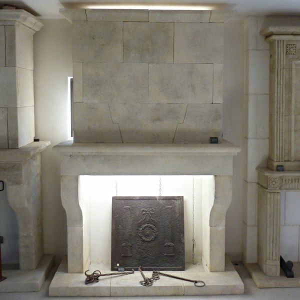 Traditional fireplace : The traditional Provenec style  fireplace by the Bidal workshop