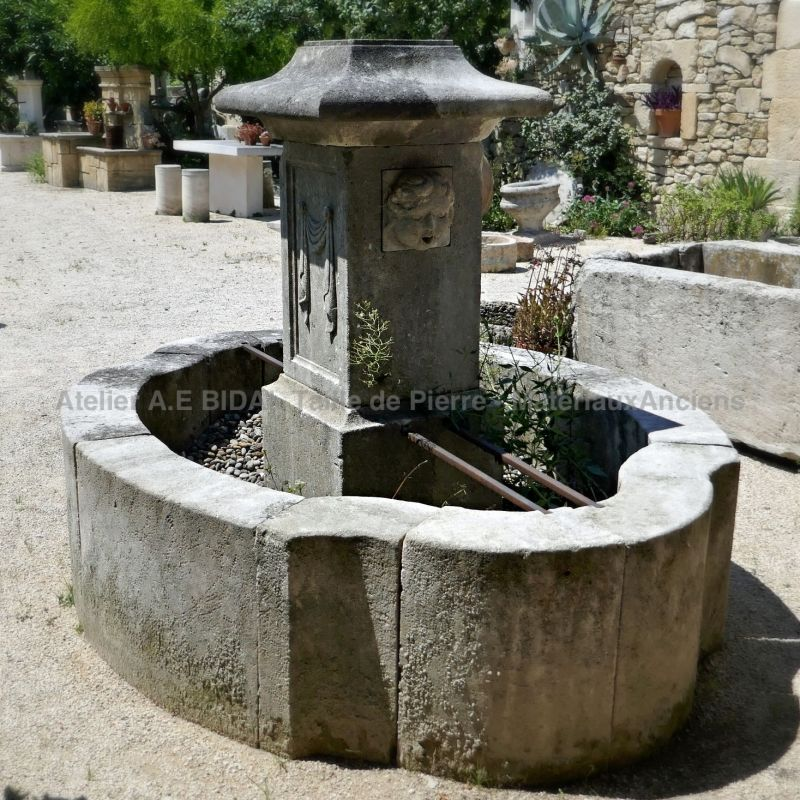 Beautiful village fountain in French limestone - Natural stone fountain of Provence.