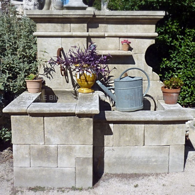 Provence fountain in stone - Garden fountain with 2 basins.
