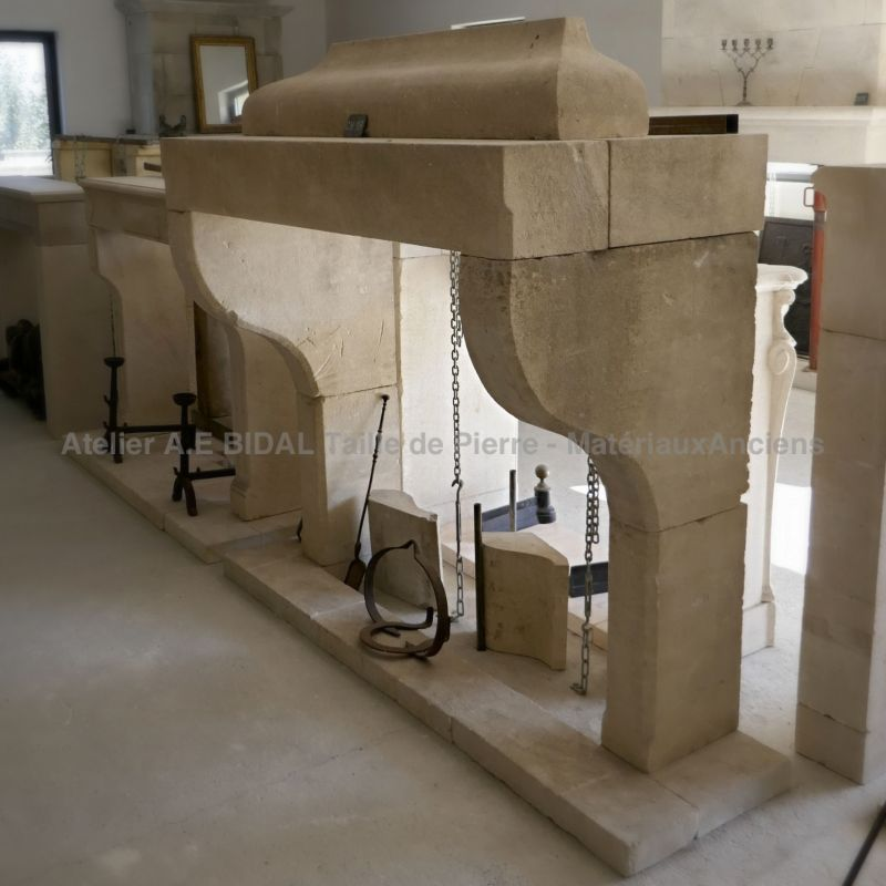 Large fireplace in Provence stone for a traditional design